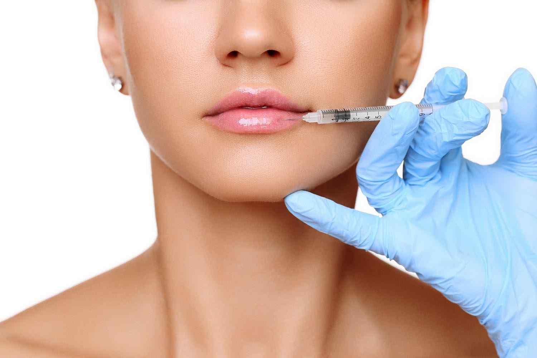 http://dermacenter.com/wp-content/uploads/2017/08/cosmetic-surgery-blog-15.jpg